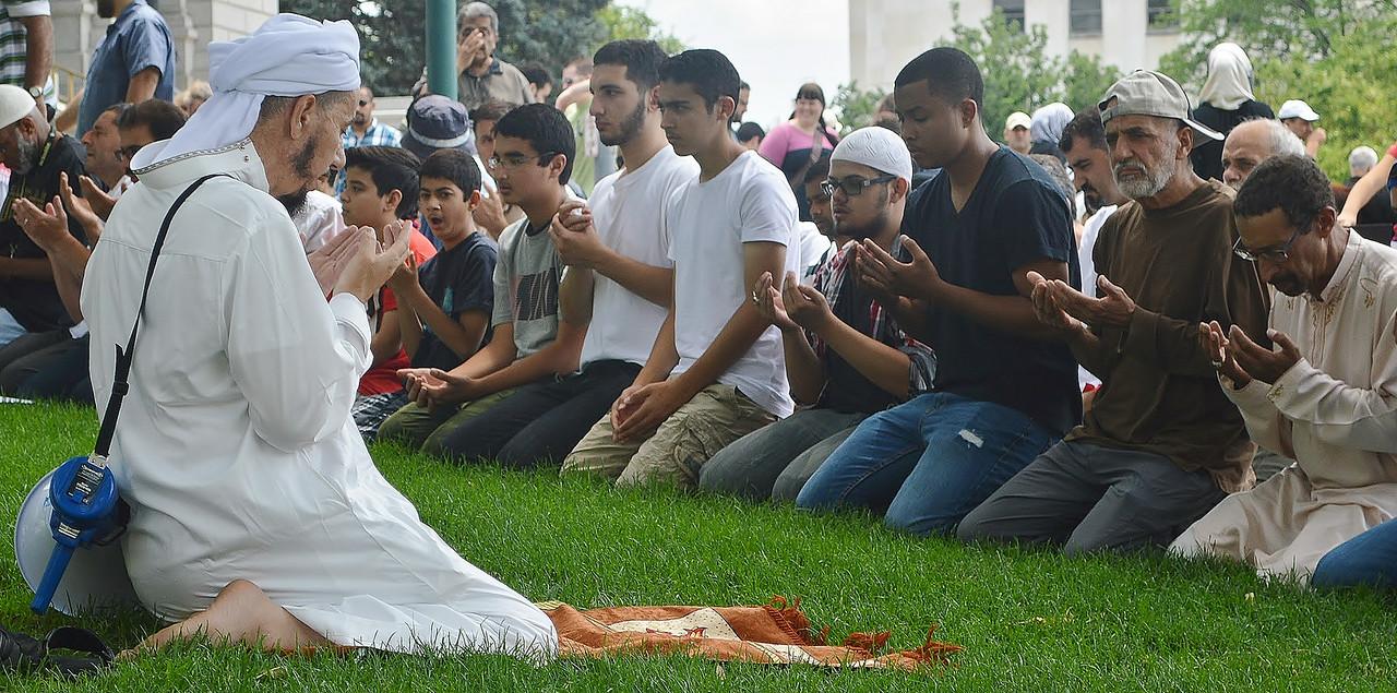 muslim-prayer-4