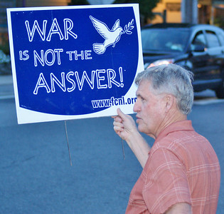 Anti Syria war protest Lewes, DE '13 (3)