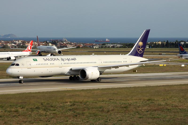 HZ-AR11 Boeing 787-9 c/n 40045 Istanbul - Ataturk/LTBA/IST 09-10-18