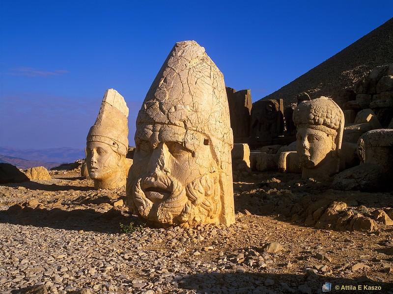 L-R Antiochus 1, Zeus, Tyche<br /> Nemrut Dagi<br /> Anatolia, Turkey