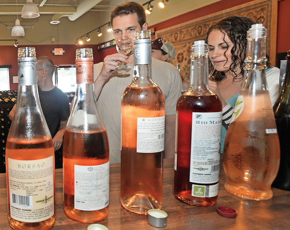 MIDDLETON MAGAZINE: John and Samantha Miller, owners of Vinum Wine Shop in Middleton held a Wine tasting on Saturday (8/12)