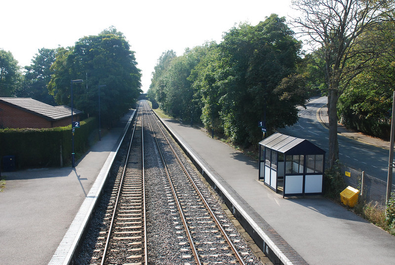 Although at Barnt Green Platforms 3 & 4 get an all day service <br /> <br /> serving the Redditch Branch but the Through platforms 1 & 2 only <br /> <br /> get a very limited service.<br /> <br /> The above shot shows platforms 1 & 2 taken from the Footbridge <br /> <br /> looking towards Bromsgrove