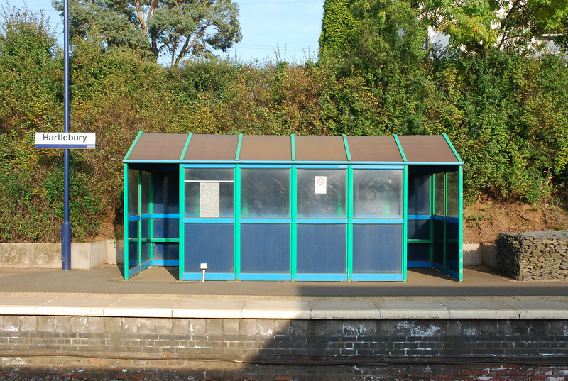Typical bog standard Ghost Station waiting shelter on the Worcester bound platform