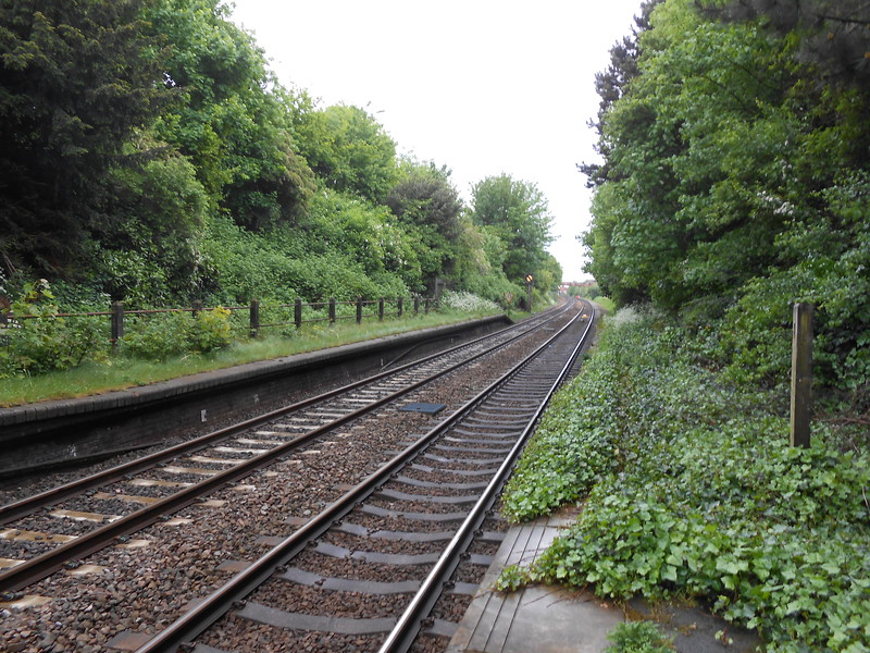 Pic by Liz <br /> <br /> Looking towards derby from end of platform