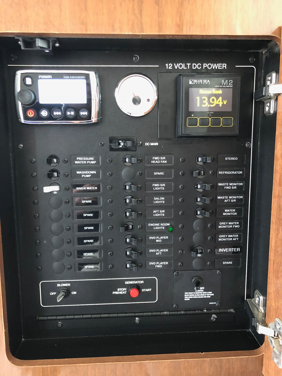 DC panel, Fusion Radio, Multi Bank OLED Voltage Monitor, Water monitor, Generator control