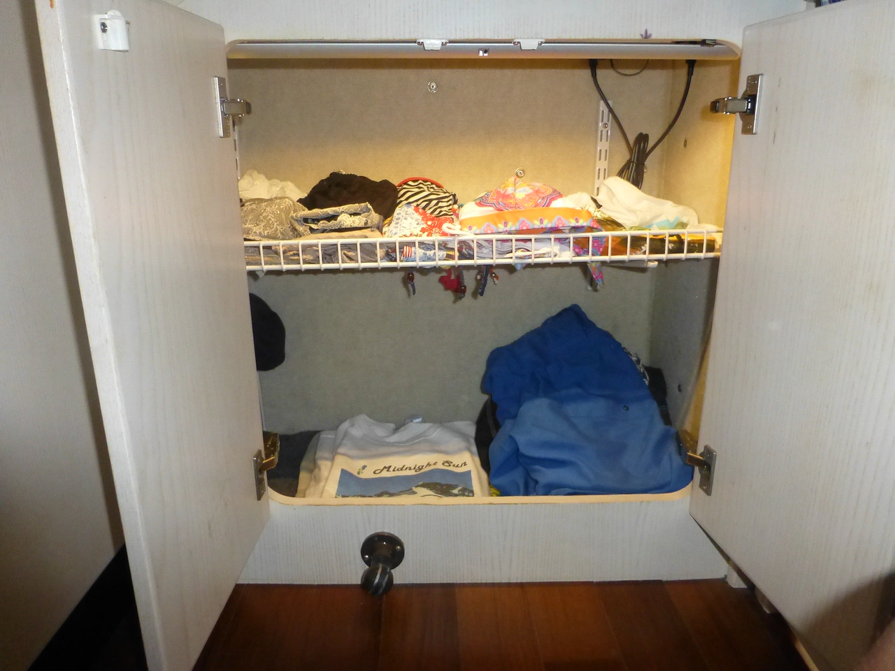 Aft Clothes Storage