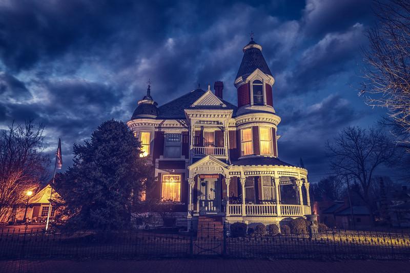 Lexington Mansion - Front