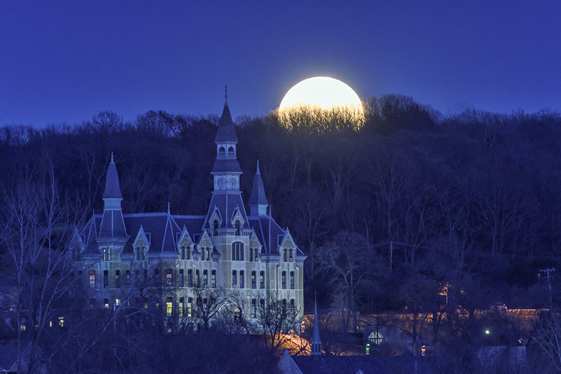 Mackay Hall Supermoon - Dec 2016