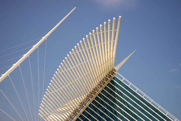 The Milwaukee Art Museum (III)