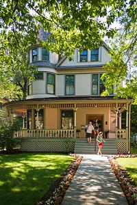 Ernest Hemingway's Birthplace (I)