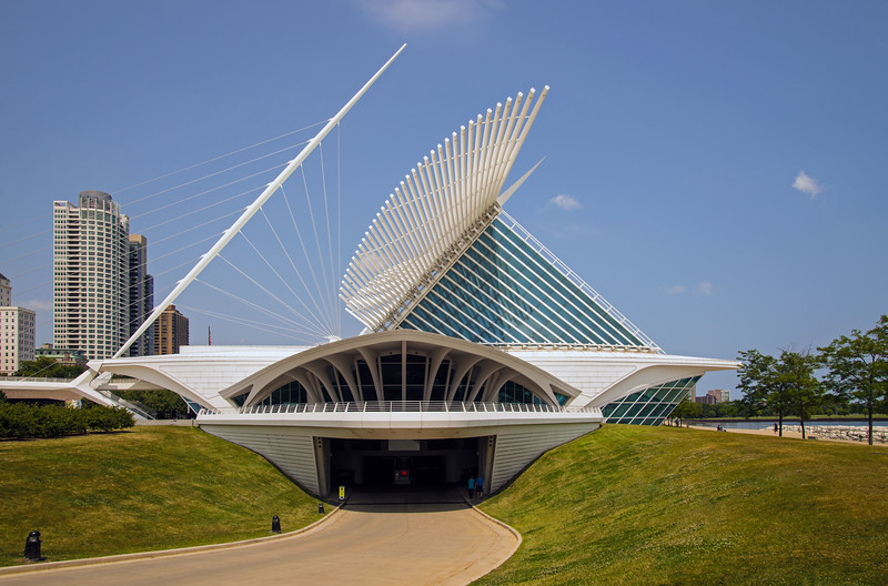 The Milwaukee Art Museum (I)