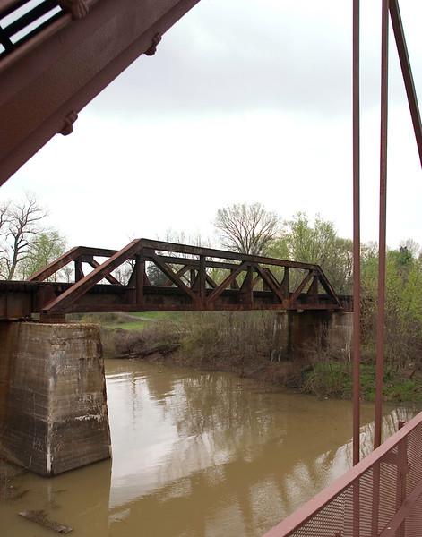Kimmswick - Old Railroad Bridge