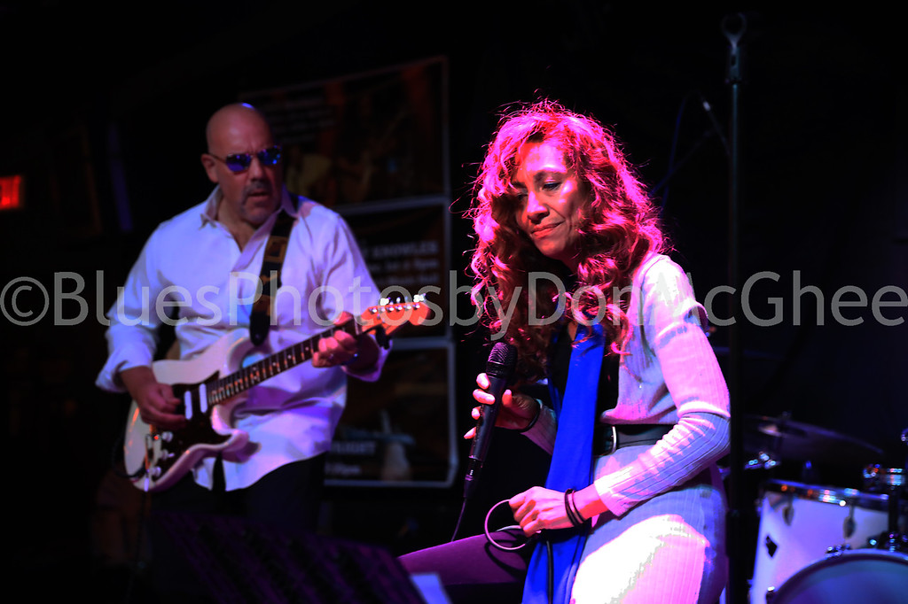 Rob Butler, Maria Wade - Crossfire Blues Band