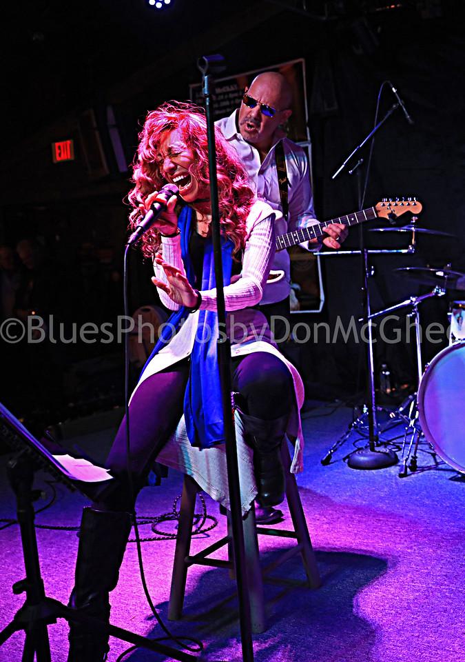 Maria Wade, Rob Butler - Crossfire Blues Band