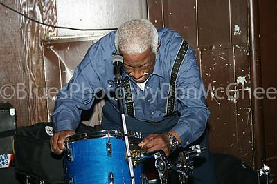 Duke Dawson tearing down his drum kit, Attic Bar