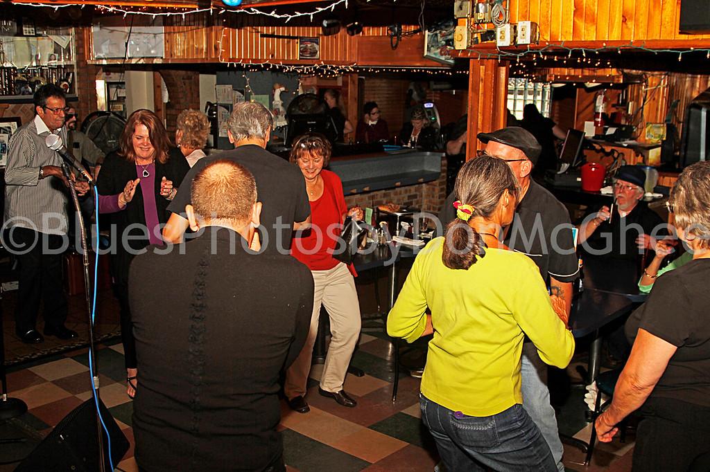 dancing at the Goose