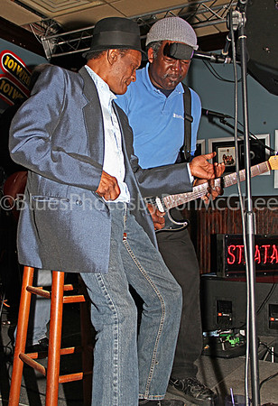 "Horace ""Little Leon"" Mills Detroit Blues Society Meeting Jam Freddy's Bar 2011"