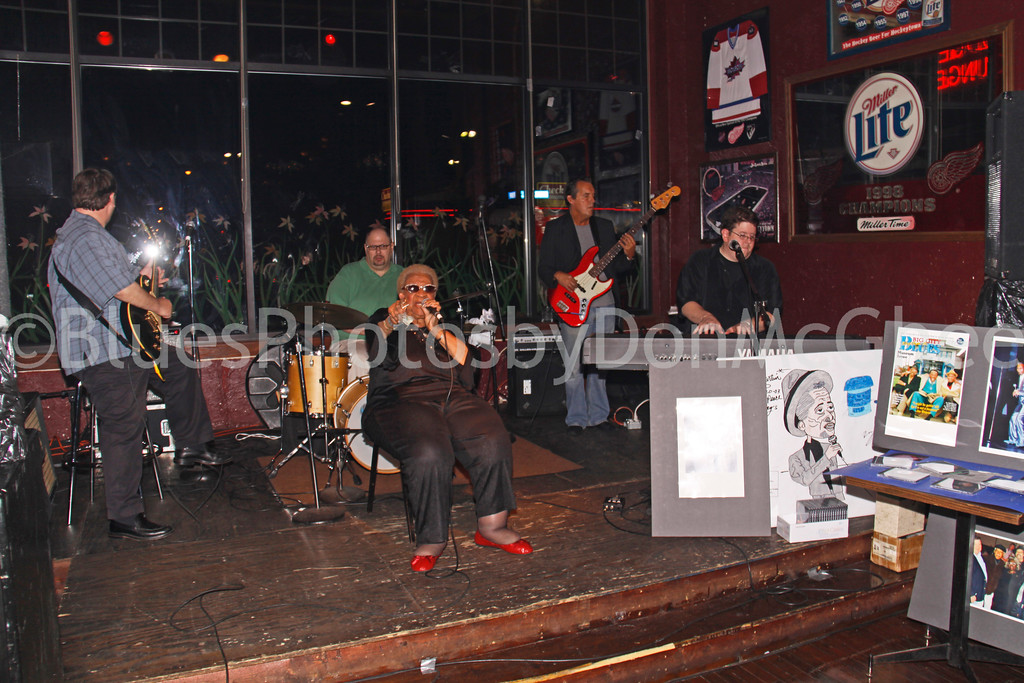 Paul Carey, RJ Spangler, Alberta Adams, Mike Marshall, Shawn McDonald<br /> Kenny Martin Tribute<br /> New Dodge Lounge 2009