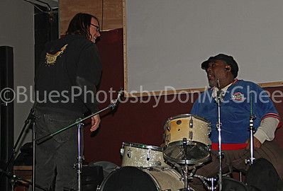 "Johnny Evans, Terry ""Thunder"" Hughley Park Bar Detroit 2011"