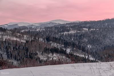 Połonina Caryńska i dolina Sanu spod Otrytu Bieszczady ©Mateusz Matysiak