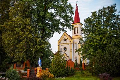 Kościół pw.  Świętego Stanisława Biskupa i Męczennika w Osuchowie (gm. Mszczonów) ©Agata Katafiasz-Matysiak