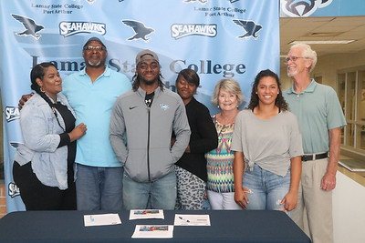 Miguez-Grubbs Basketball Signing Ceremony