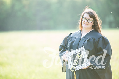 Mikayla Duffel Cap and Gown Session (33)