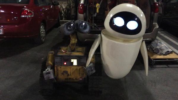Mike Senna's WALL-E