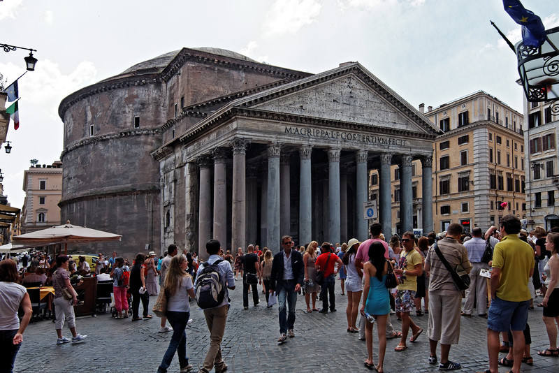 The Pantheon, June 3, 2011.<br /> <br /> Rome_MC_06032011_009