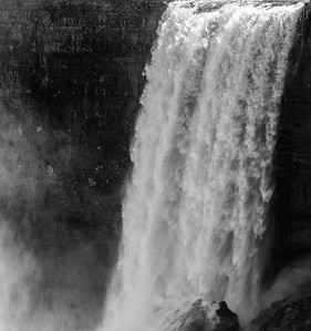 2017-04-29_Niagara_Waterfalls_02