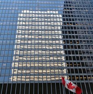 2004 Feb 29 - Patriotic Reflection