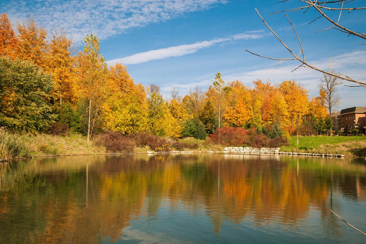 2012-10-18_Sagecrest_Pond_01