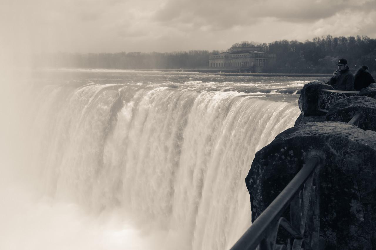 2012-04-11 - Niagara - 38