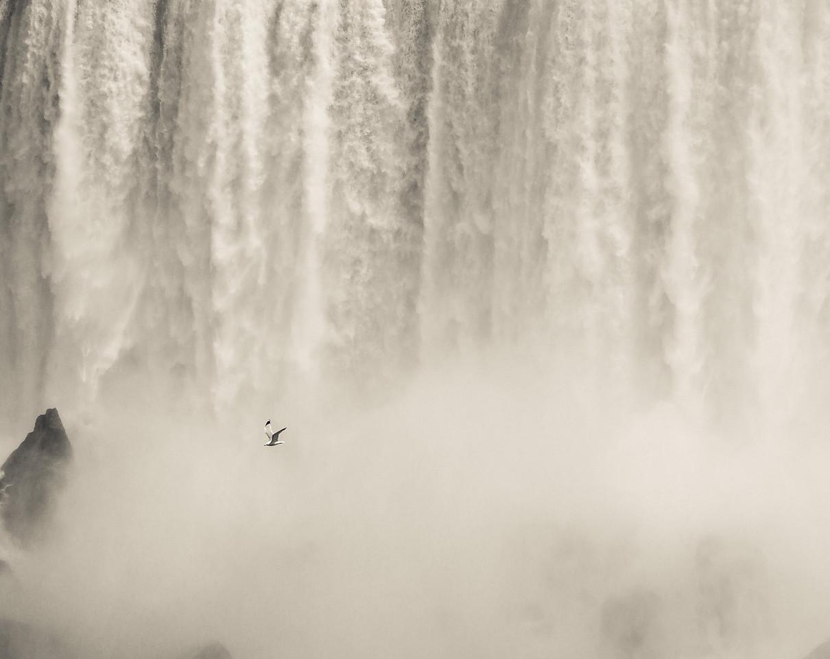 2012-04-11 - Niagara - 39