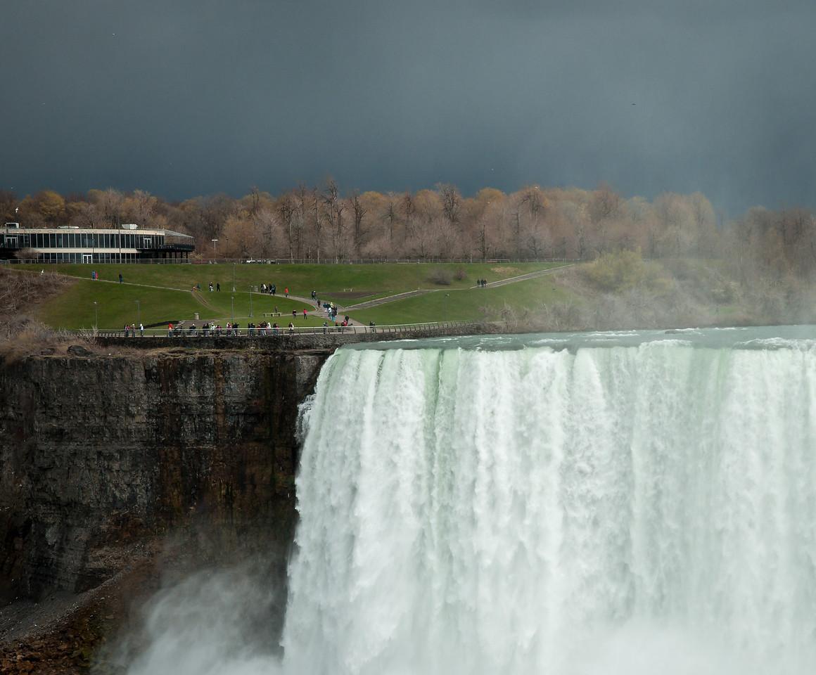 2012-04-11 - Niagara - 40
