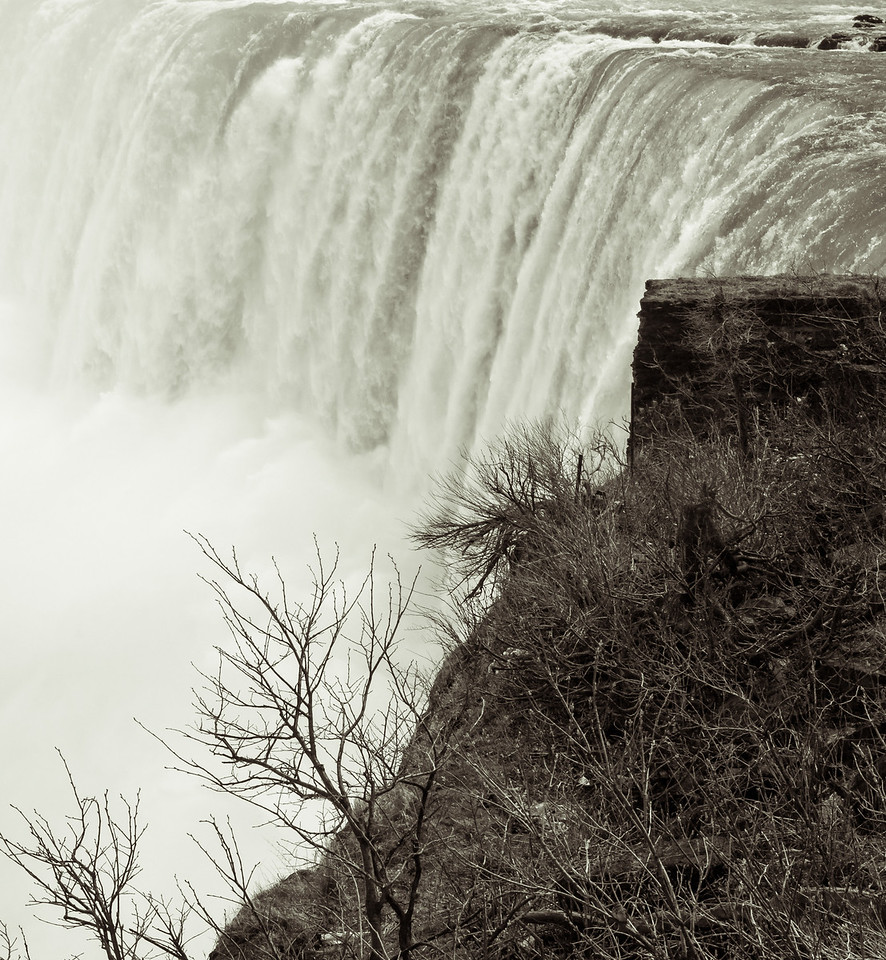 2012-04-11 - Niagara - 35