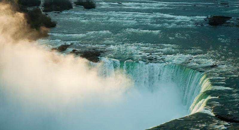 Niagara April - 47