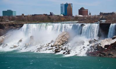 Niagara April - 15