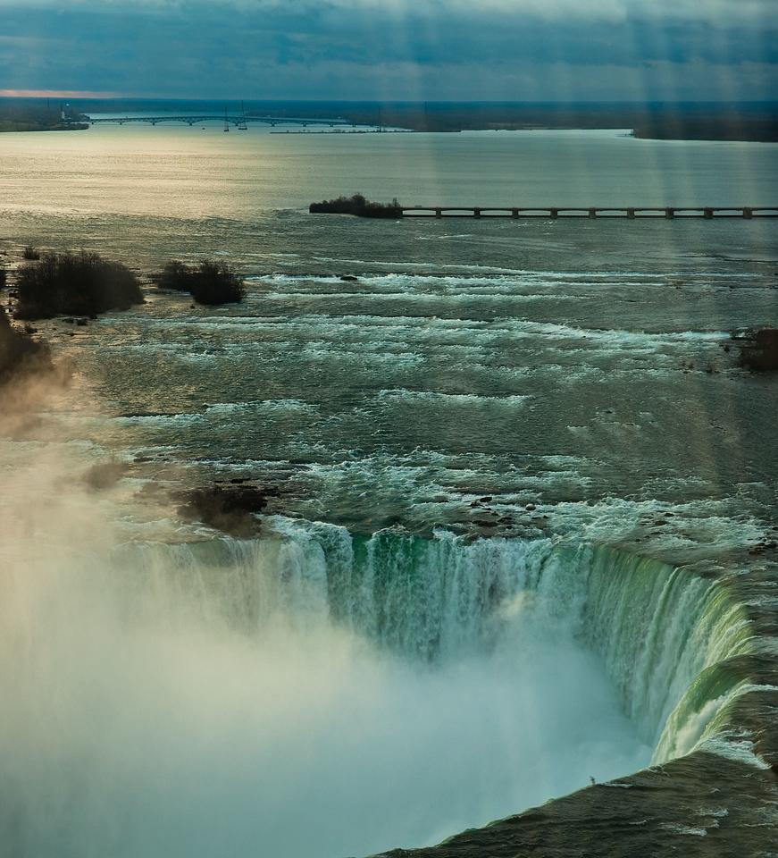 Niagara April - 46