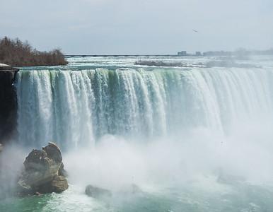 Niagara April - 03
