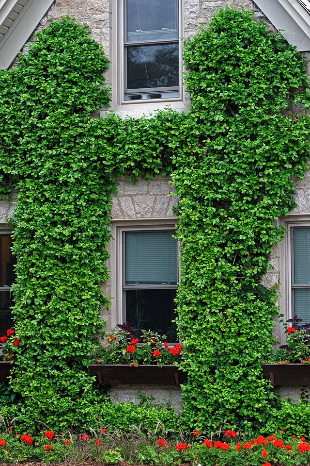2011-06-29 - Niagara Botanical Gardens - 023