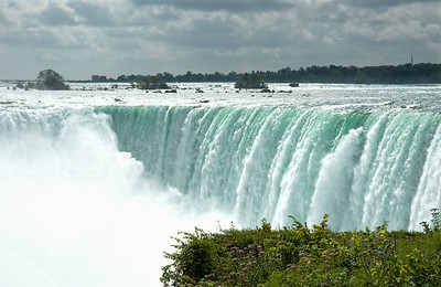 Niagara 18 August - 01