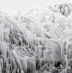 2010-12-27 - Niagara - 37