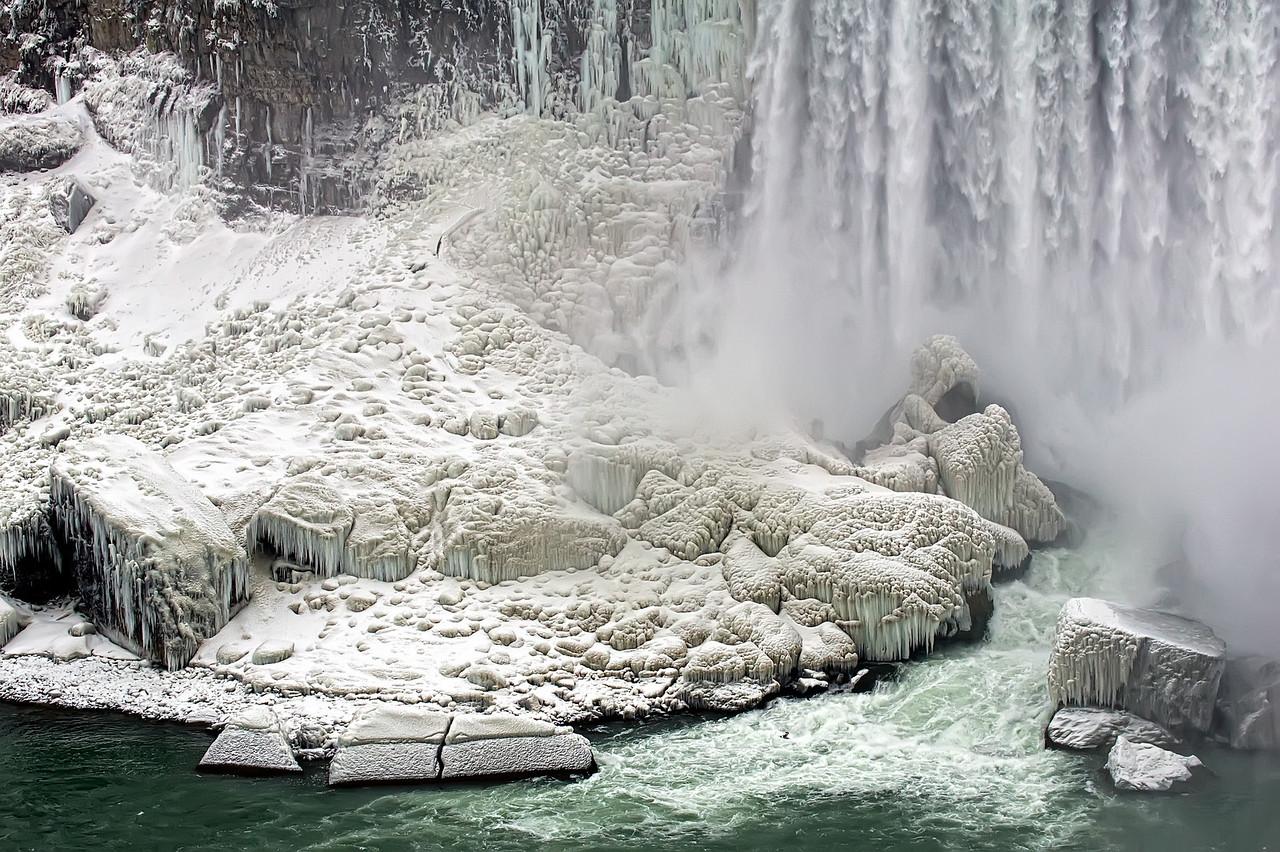 2010-12-20 - Niagara - 22