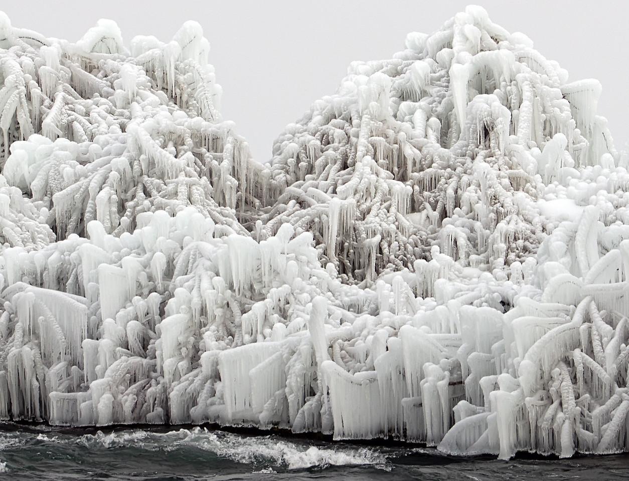 2010-12-27 - Niagara - 56