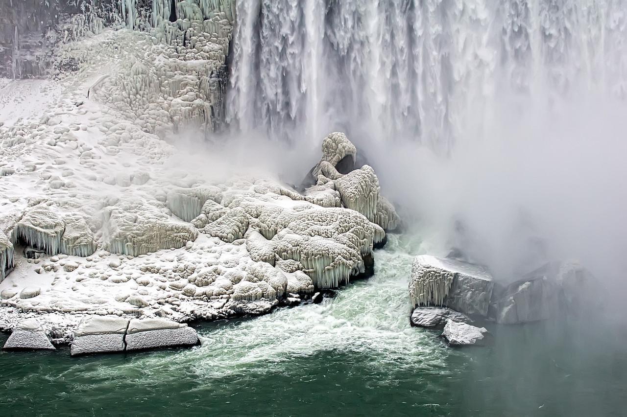 2010-12-20 - Niagara - 18