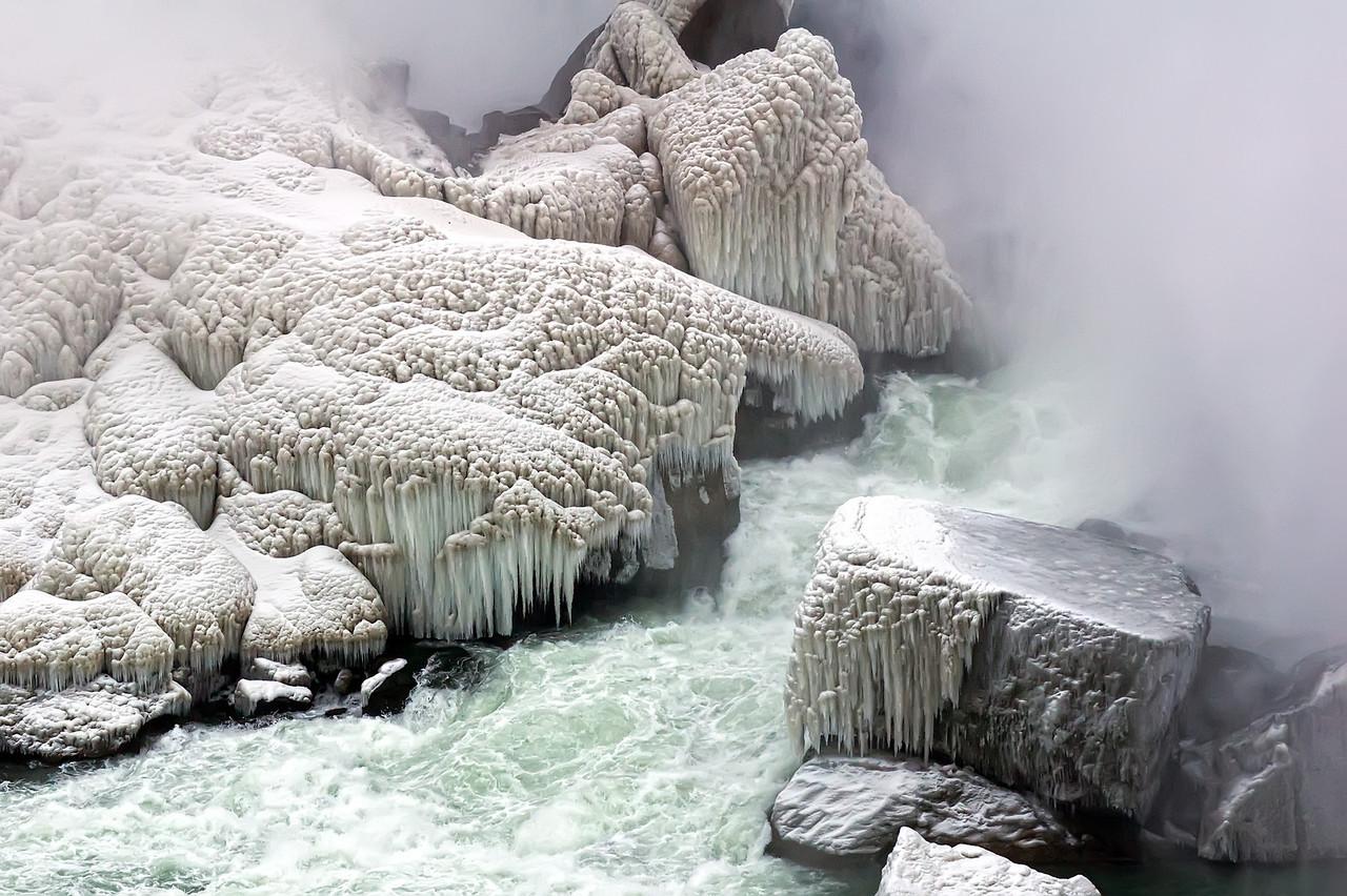 2010-12-20 - Niagara - 13