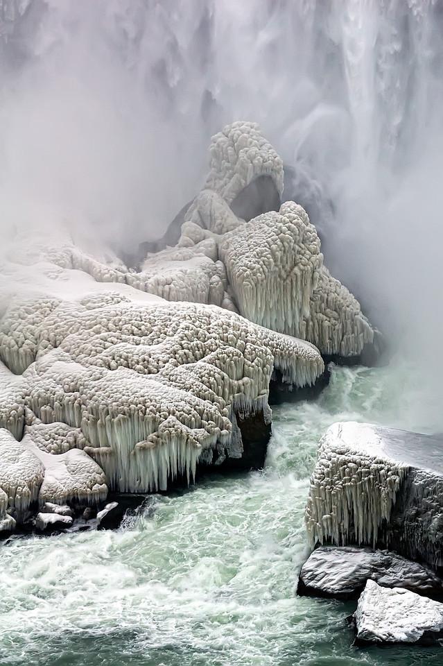 2010-12-20 - Niagara - 16