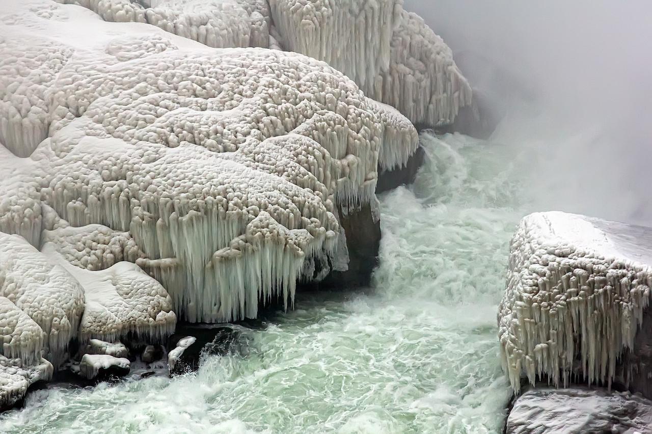 2010-12-20 - Niagara - 19