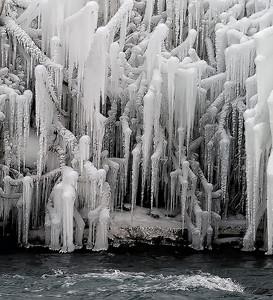 2010-12-27 - Niagara - 61C